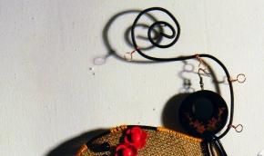 porta orecchini palloncino